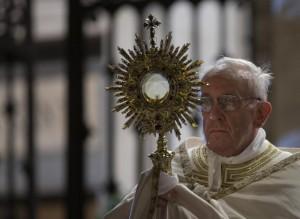 Papa Francesco celebra Corpus Domini